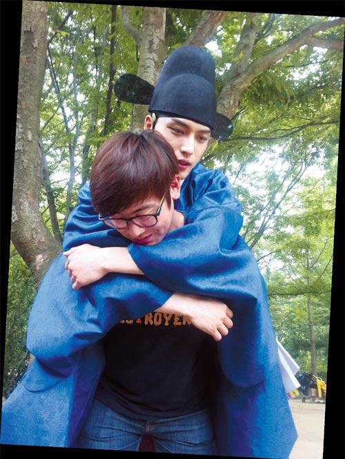 Lộ cảnh Lee Min Ho bắt cóc Kim Hee Sun - 18