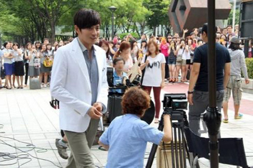 Lộ cảnh Lee Min Ho bắt cóc Kim Hee Sun - 15