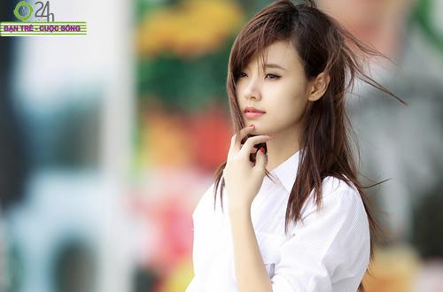 Hot girl Midu xinh tươi trên phố Sài Gòn - 6