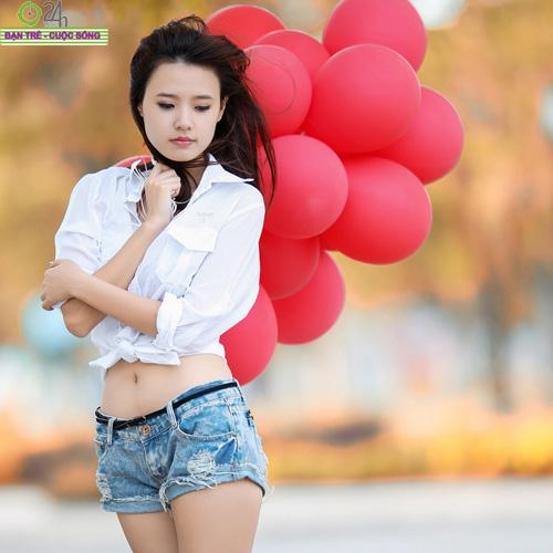 Hot girl Midu xinh tươi trên phố Sài Gòn - 8