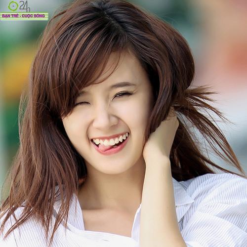 Hot girl Midu xinh tươi trên phố Sài Gòn - 14