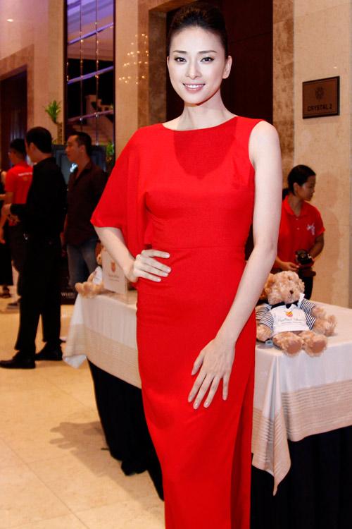 Điểm gợi cảm bất ngờ của mỹ nhân Việt - 16