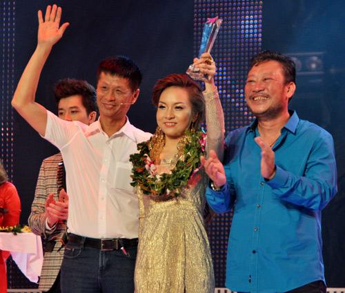"""""""Bản sao"""" Quang Dũng giật giải 300 triệu đồng - 2"""