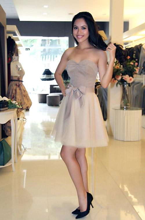 Hoàng My được khen ngợi về trang phục - 4