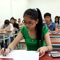 Trường ĐH Nguyễn Tất Thành: điểm chuẩn bằng sàn