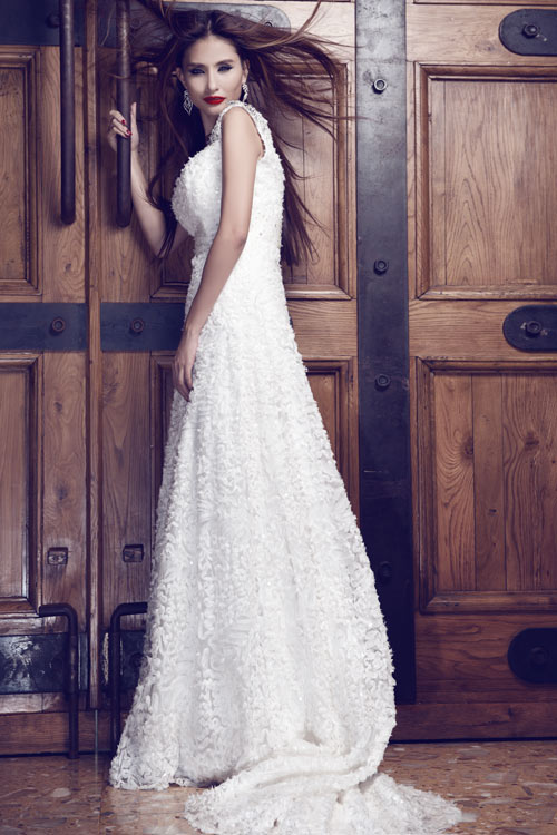 Kim Minh gợi cảm quá đỗi với váy cưới - 4