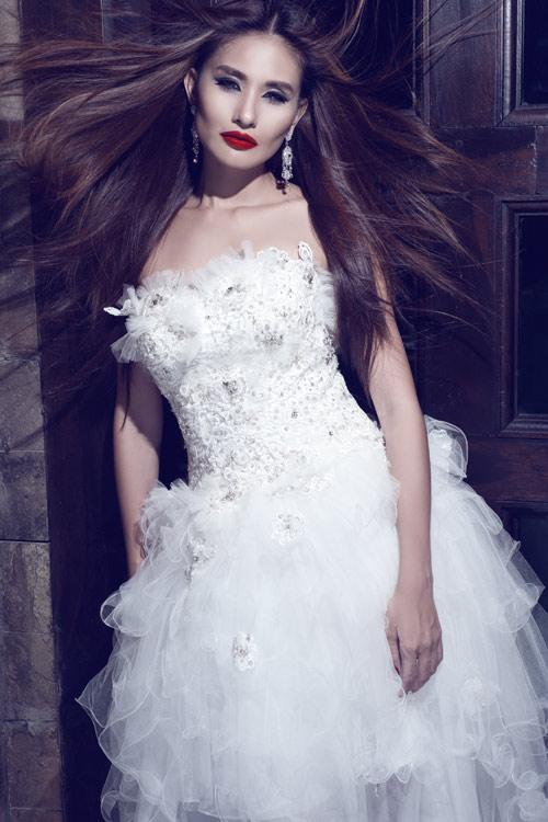Kim Minh gợi cảm quá đỗi với váy cưới - 9