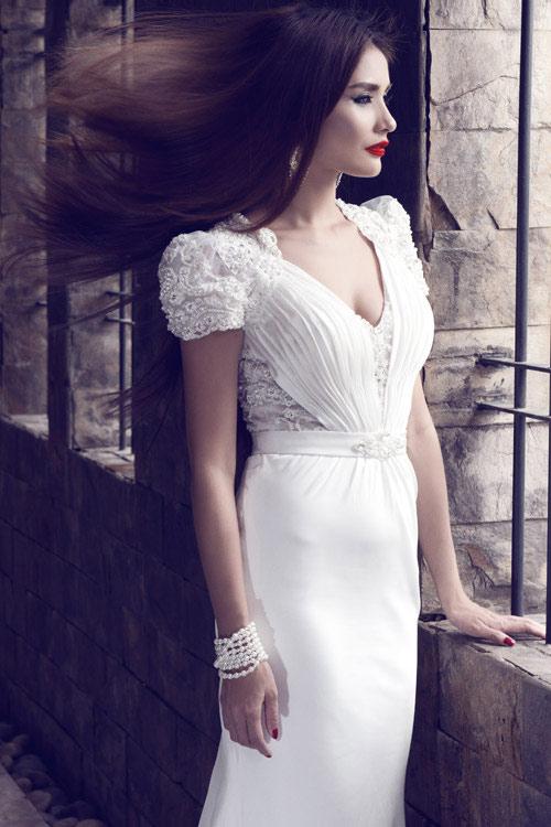 Kim Minh gợi cảm quá đỗi với váy cưới - 1