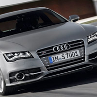 Bo gi Audi S8, S7, S6 phin bn 2013