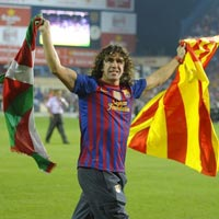HOT: Barca gi chn Puyol