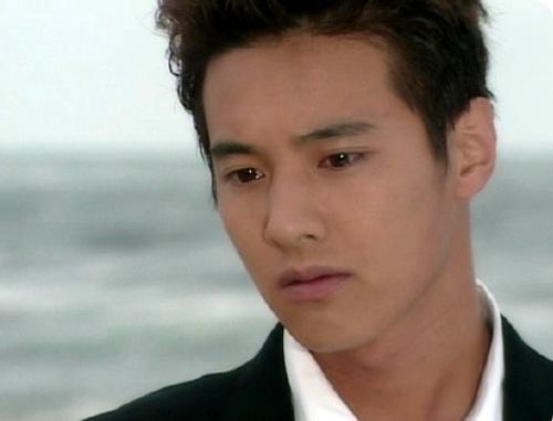 Sốt vì cặp đôi Won Bin, Kim Tae Hee - 3