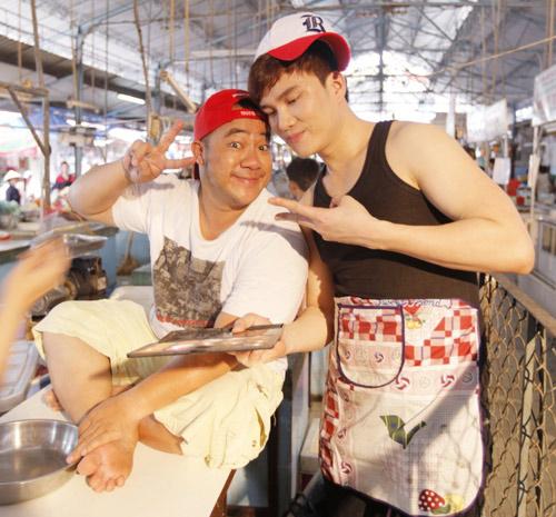 Hiếu Hiền, Lâm Chấn Huy bán… thịt trong MV - 6