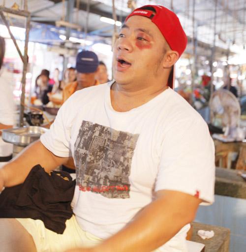 Hiếu Hiền, Lâm Chấn Huy bán… thịt trong MV - 9