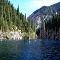 Kaindy - hồ nước kỳ lạ nhất thế giới