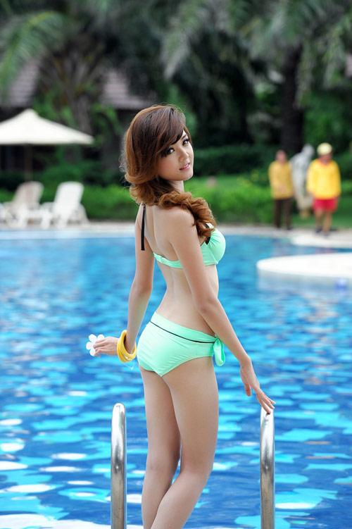 Hot girl Việt khoe đường cong nóng bỏng - 6
