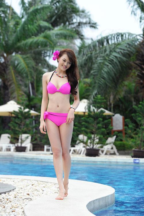 Hot girl Việt khoe đường cong nóng bỏng - 12