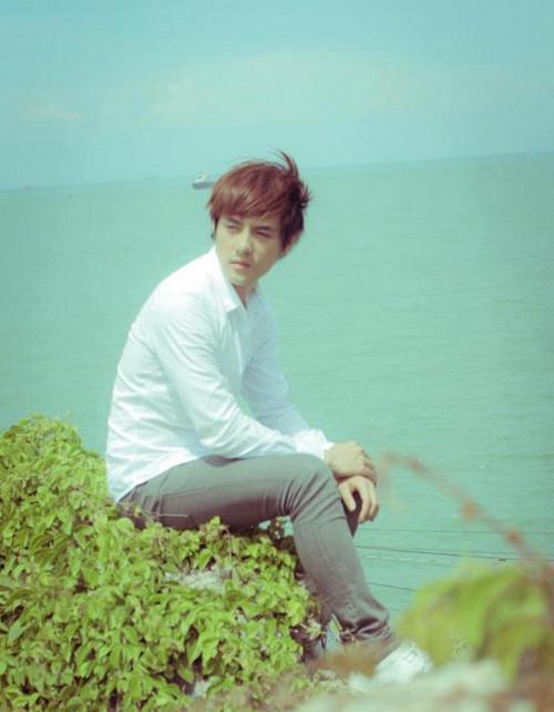 Đông Nhi chăm sóc Ông Cao Thắng - 8