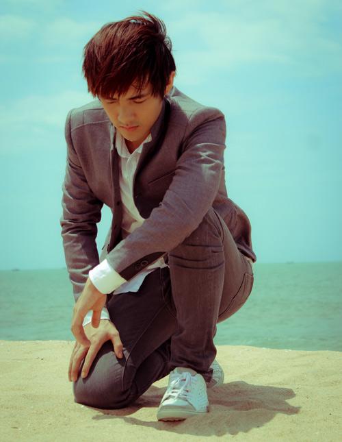Đông Nhi chăm sóc Ông Cao Thắng - 9