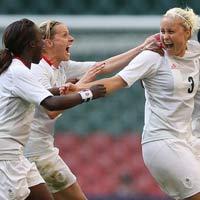 Bóng đá nữ Olympic: Đại gia thắng thế ngày mở màn