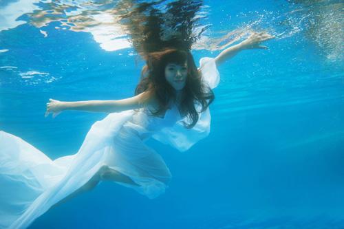 Hot girl Mai Thỏ gợi cảm dưới nước - 7