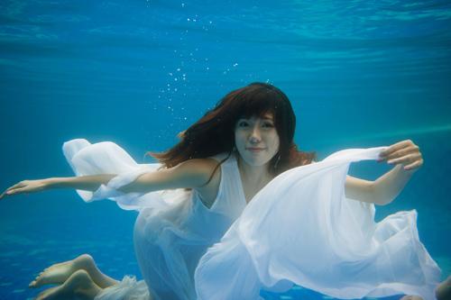 Hot girl Mai Thỏ gợi cảm dưới nước - 13