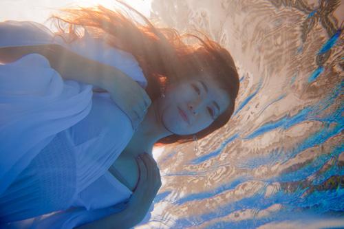 Hot girl Mai Thỏ gợi cảm dưới nước - 9