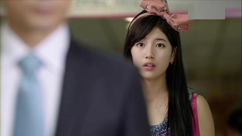 Suzy ht khch vi BST bng- &quot;khng&quot;, Tc - M - Nn, Thi trang, Suzy miss A, ca s suzy, suzy deo bang-do, sao han deo bang-do, thoi trang toc, phu kien toc, bang-do