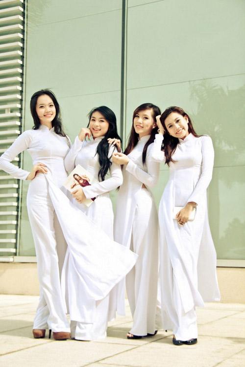 Nữ sinh duyên dáng với áo dài - 9