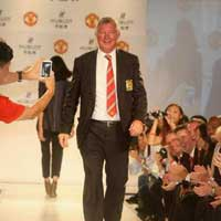 Sir Alex din thi trang trn sn catwalk