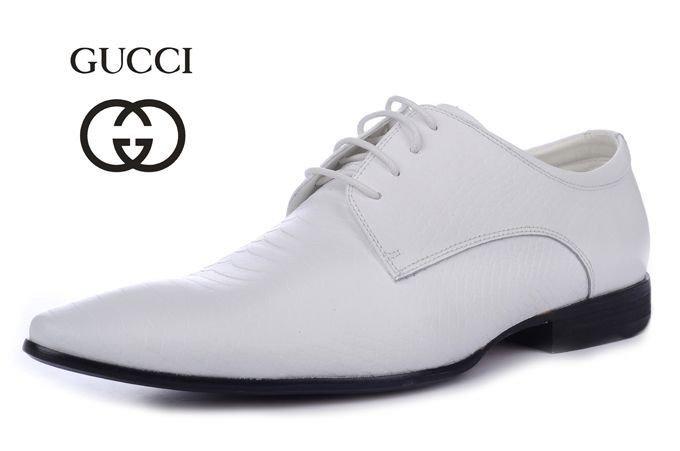 Cách làm sạch giầy trắng - 4