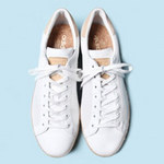 Thời trang - Cách làm sạch giầy trắng