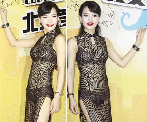 """Váy xuyên thấu """"độc hại"""" của sao Hoa ngữ - 10"""