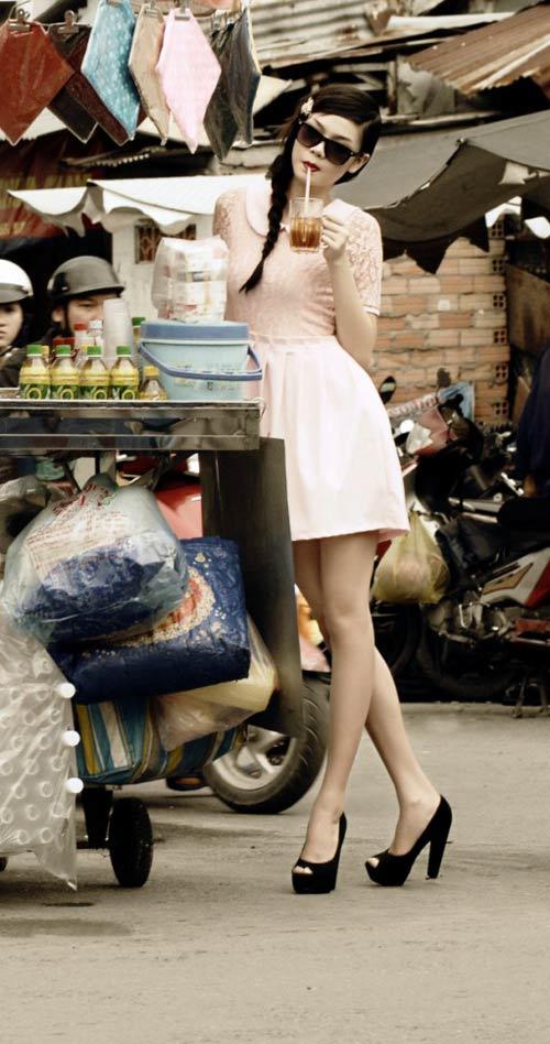Người mẫu 17 tuổi khoe chân dài trứ danh - 9