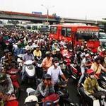 Tin tức trong ngày - Thu phí cầu Bình Triệu 1, giao thông hỗn loạn