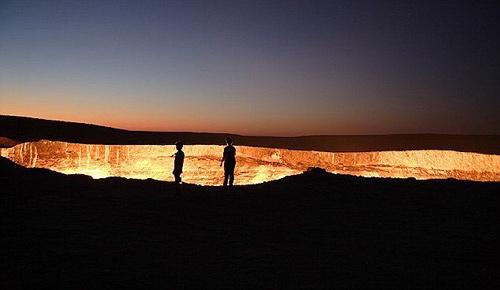 """""""Cổng địa ngục"""" kỳ bí tại Trung Á - 2"""