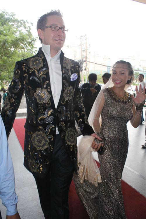 Cô dâu Đoan Trang đẹp tựa nữ thần - 9
