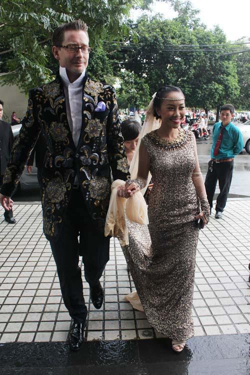 Cô dâu Đoan Trang đẹp tựa nữ thần - 11
