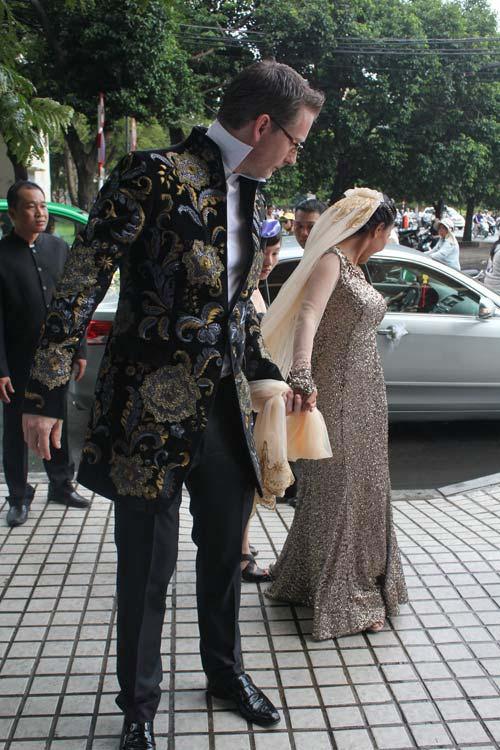Cô dâu Đoan Trang đẹp tựa nữ thần - 10
