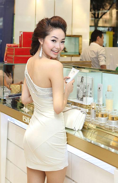 Vòng 3 hấp dẫn của các sao Việt - 8