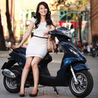 Xe máy nào hợp với phong cách phụ nữ?