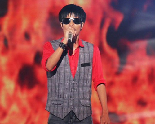 Tan chy trc cc &quot;hong t&quot; The Voice, Ca nhc - MTV, giong hat viet 2012, hoang tu, trang quoc cuong, dao ba loc, bui anh tuan, duong tran nghia