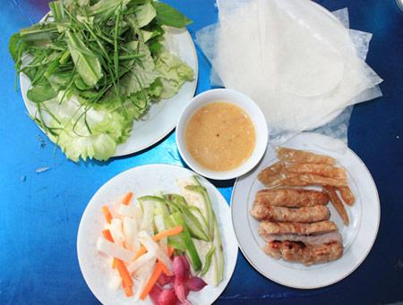 Thích mê với 3 món nem nướng ở Sài Gòn - 1