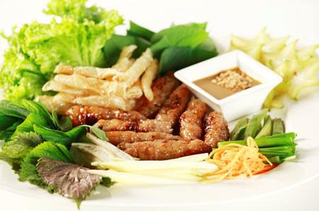 Thích mê với 3 món nem nướng ở Sài Gòn - 3