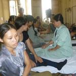 Sức khỏe đời sống - Viện phí mới: Người nghèo thêm gánh nặng
