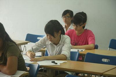 Điểm chuẩn dự kiến của 3 trường ĐH lớn khu vực Hà Nội - 1