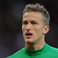 HOT: Lindegaard k hp ng mi vi MU