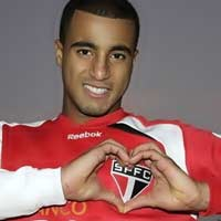 Lucas Moura tit l ch mun n MU