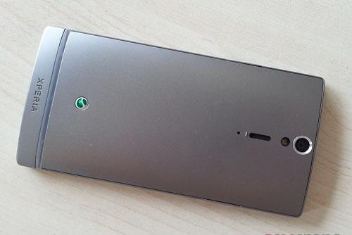 Ảnh thực tế Sony Xperia SL - 6