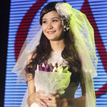Thời trang - Hà Phương làm cô dâu tuổi 18