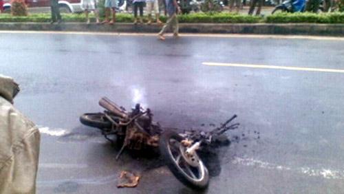 Vi phạm giao thông, đốt xe... bỏ trốn! - 1